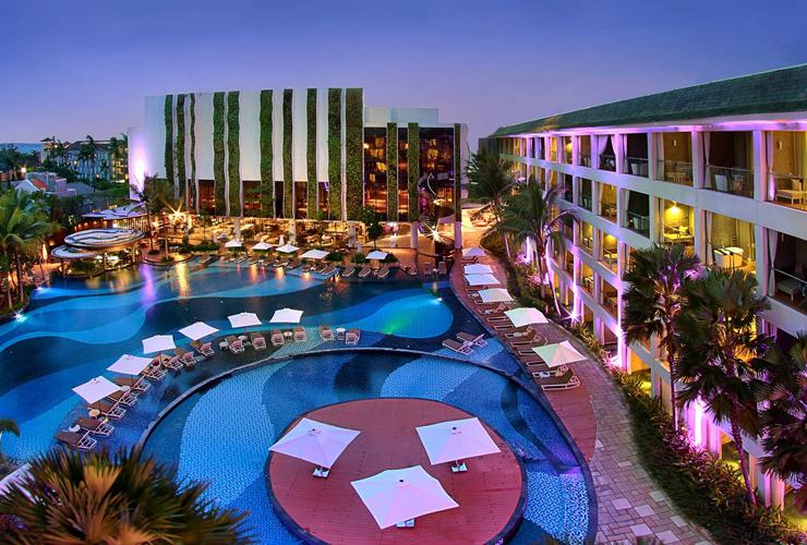 ホテルの全景