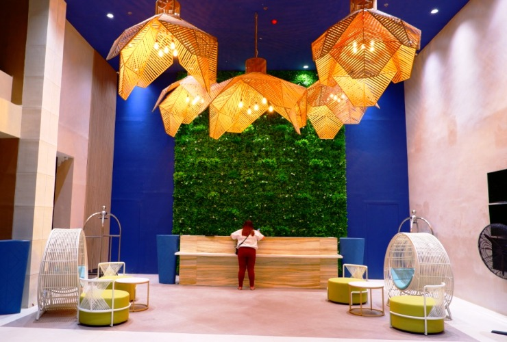 ホテルのロビー ソレア パーム マクタン リゾート