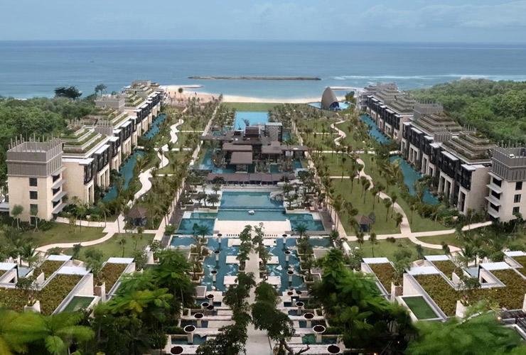 ヌサドゥアのインド洋を望むリゾート
