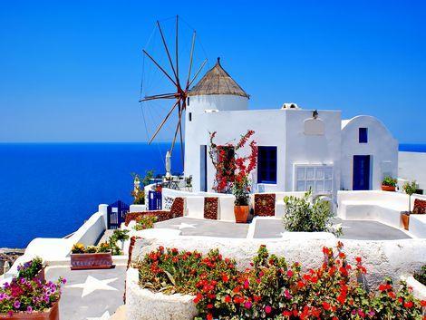 ◇サントリーニ島:白壁の建物