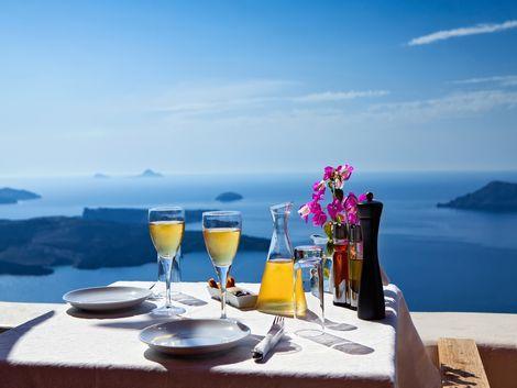 ◇◎サントリーニ島:エーゲ海を眺めながらワイン等..