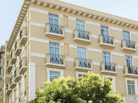 モナコ:ホテル アンバサダー モナコ 外観