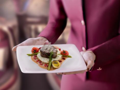カタール航空 ビジネスクラス 機内食一例