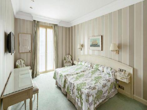 バルセロナ:ホテル コロン 客室一例