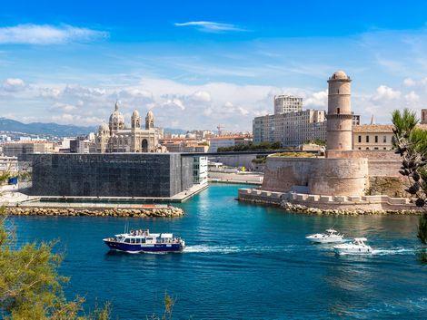 ◇◎マルセイユ:サンジャン要塞と船