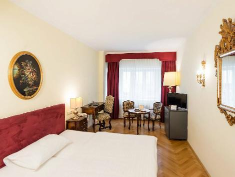 ウィーン:ロイヤル ホテル 客室一例