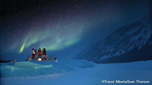 バンフの星空とオーロラ(イメージ)