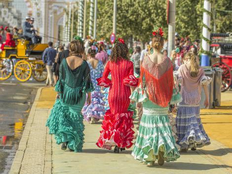 ◇◎セビーリャ:フラメンコ衣装を纏った女性