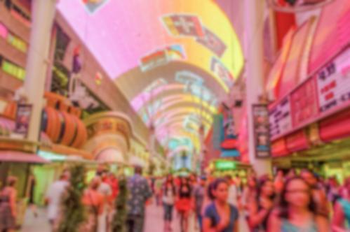 光と音のショーが行われるフレモント・ストリート・エクスペリエンス(ラスベガス)