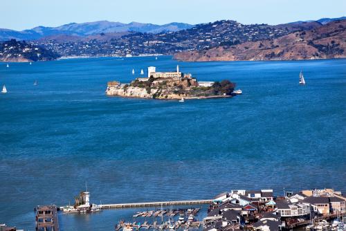 実際に刑務所として使われていたアルカトラズ島(サンフランシスコ)