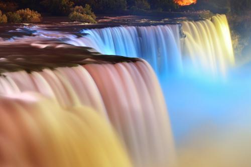 絶景・ナイアガラの滝