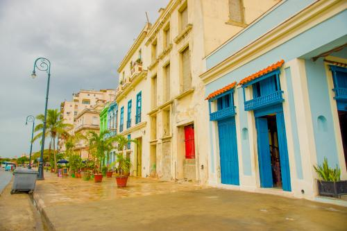 ハバナの街の景色(イメージ)