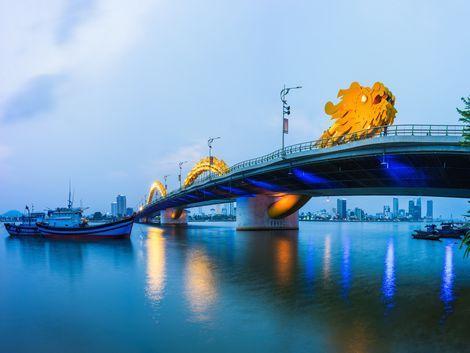 ダナン:ドラゴン橋