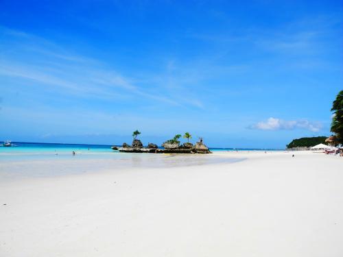 ボラカイ島 ホワイトビーチ イメージ