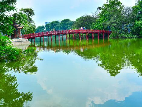 ハノイ:ホアンキエム湖
