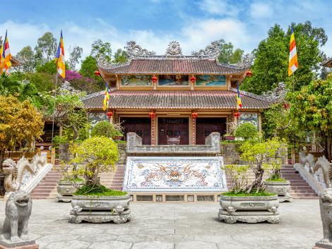 ニャチャン:ロンソン寺