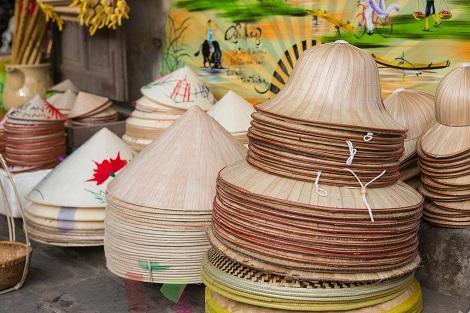 ベトナム:麦わら帽子 ノンラー