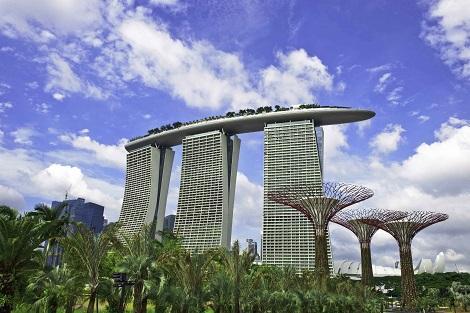 シンガポール:マリーナベイサンズ 外観/提供:Marina Bay Sands