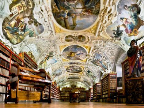 ◇◎プラハ:ストラホフ修道院図書室