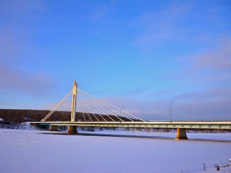 ◇◎ロバニエミ:ロウソク橋