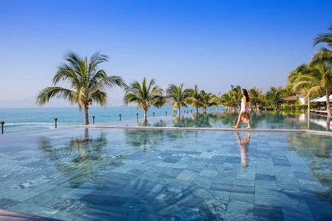 ニャチャン:アミアナリゾート プール