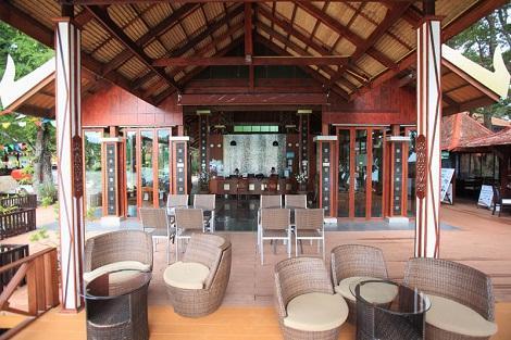 ピピ島:ナチュラル リゾート ホテル ロビー