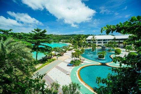 ピピ島:ピピ アイランド カバナ ホテル 全景