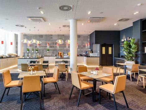 ウィーン:ノボテル ウィーン ハウプトバーンホフ レストラン