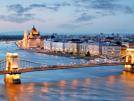 ◇ブダペスト:セーチェーニ鎖橋
