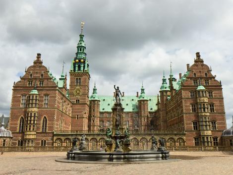 ◇コペンハーゲン(ヒレレズ):フレデリクスボー城