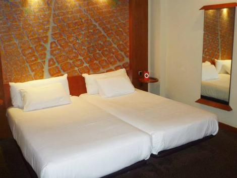 バルセロナ:アバ サンツ ホテル 客室一例