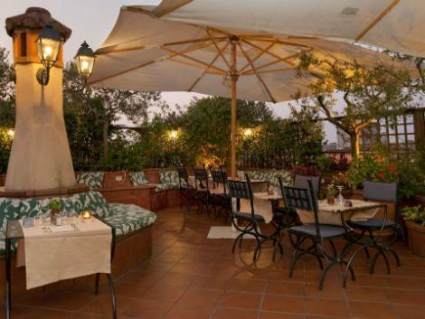 ローマ:ダイアナ ルーフ ガーデン 屋上レストラン