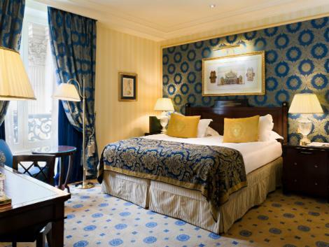 パリ:インターコンチネンタル ル グラン 客室一例