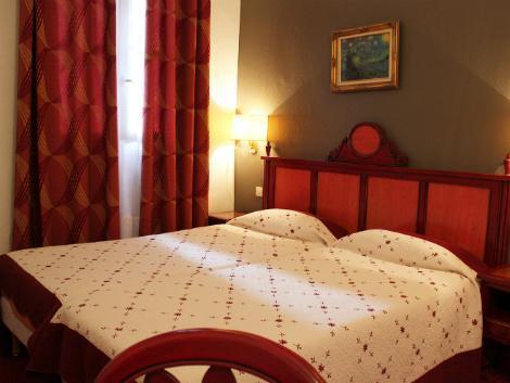 パリ:メトロポール 客室一例