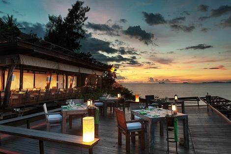 サムイ島:シックス センシズ サムイ レストラン ダイニングオンザロックス