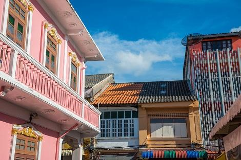 プーケット:中国とポルトガルが融合した旧市街の街並み
