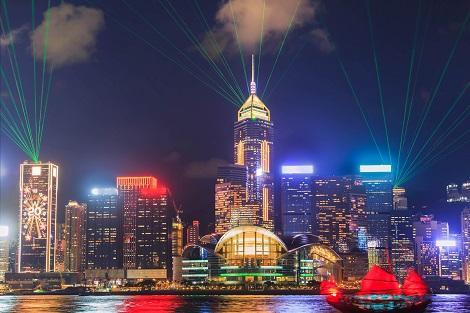 香港:夜を彩る光のショー シンフォニーオブライツ