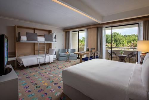 シンガポール:コンコルド ホテル ファミリールーム 客室一例