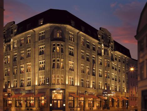 プラハ:アールデコ インペリアル ホテル 外観