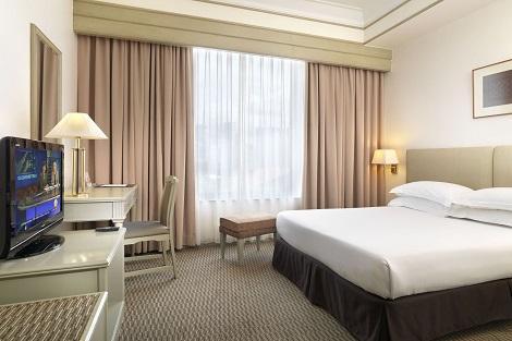 クアラルンプール:フェデラル ホテル 客室一例