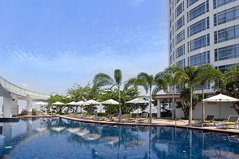 バンコク:センタラ グランド アット セントラルワールド プール