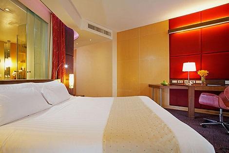バンコク:センタラ グランド アット セントラルワールド 客室一例