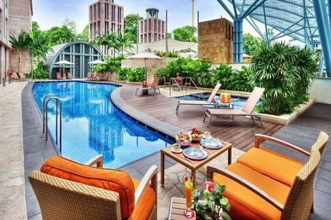 セントーサ島:ホテル マイケル プール