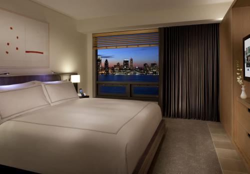 客室の窓からハドソン川を眺められる部屋もあります(公式HPより)
