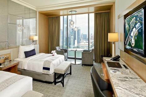 シンガポール:マリーナベイサンズ Premier Room City View 客室一例/提供:Marina Bay Sands