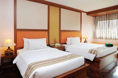 プーケット:バウマンブリ リゾート&スパ グランドデラックス 客室一例