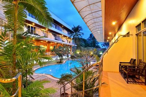 サムイ島:サムイ ファースト ホテル プール