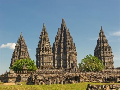 東南アジア最大のヒンドゥー寺院 プランバナン寺院