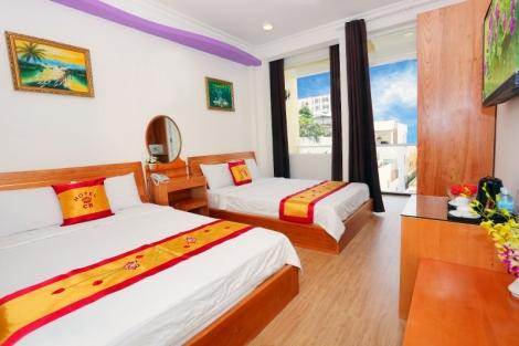 CR ホテル ニャチャン 客室一例