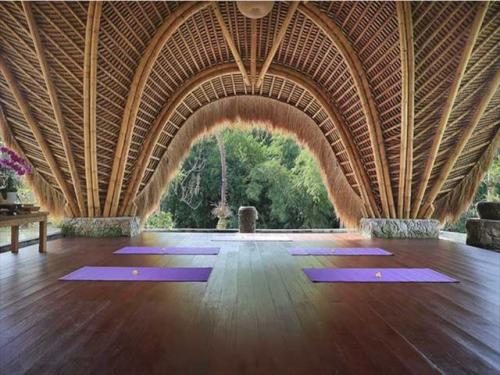 プラマナ・ワトゥクルン・リゾート 無料ヨガプログラムもあり